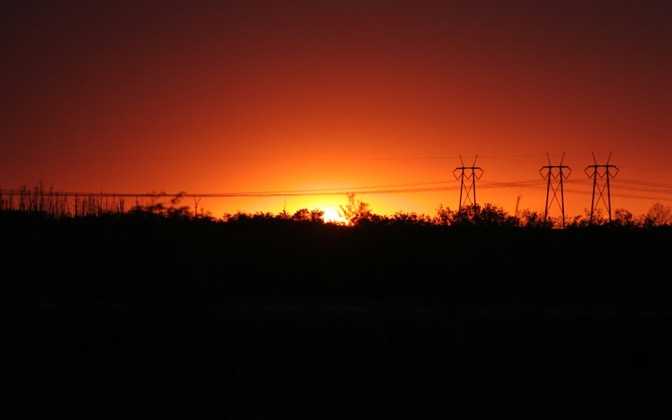 High-resolution desktop wallpaper Powerline Sunset by Ripinto