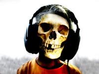 High-resolution desktop wallpaper Skull by Tom Peters