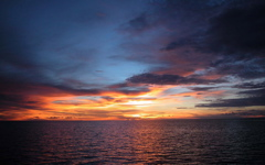 High-resolution desktop wallpaper Crepuscule Maldivien by Niko