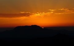 High-resolution desktop wallpaper Sun Sliver by chellebelle