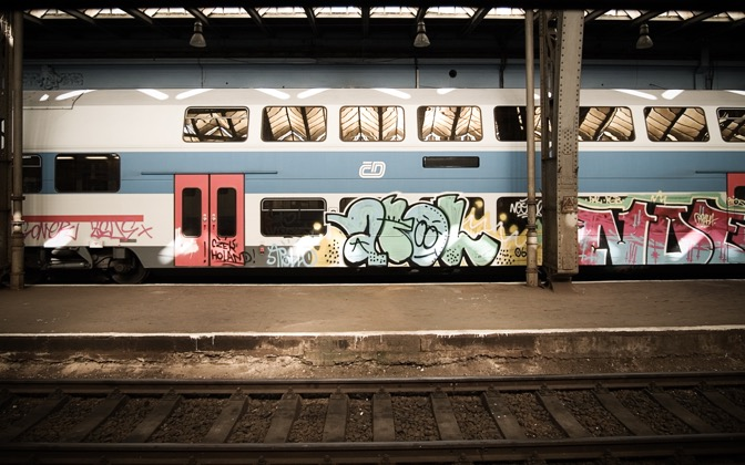 High-resolution desktop wallpaper Train with Graffiti by haydon