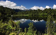 High-resolution desktop wallpaper Lake Mapourika, New Zealand by SkyHigh