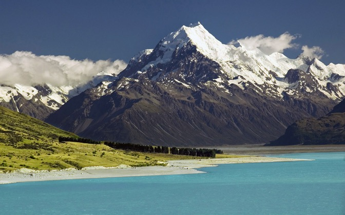 High-resolution desktop wallpaper Mount Cook, New Zealand by SkyHigh
