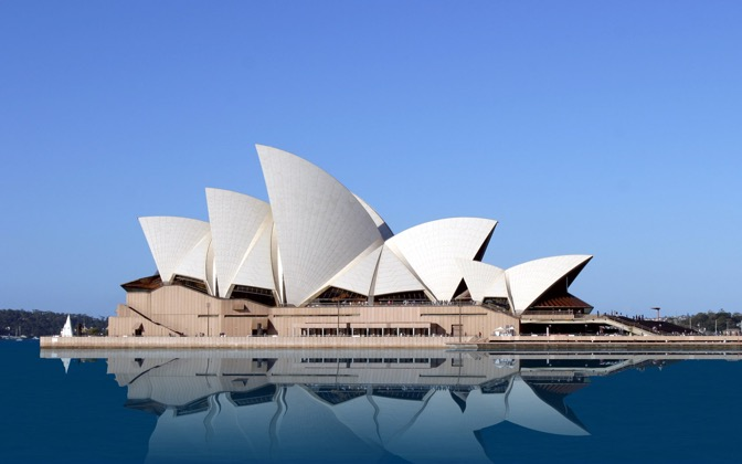 High-resolution desktop wallpaper Sydney Opera House by YKLee