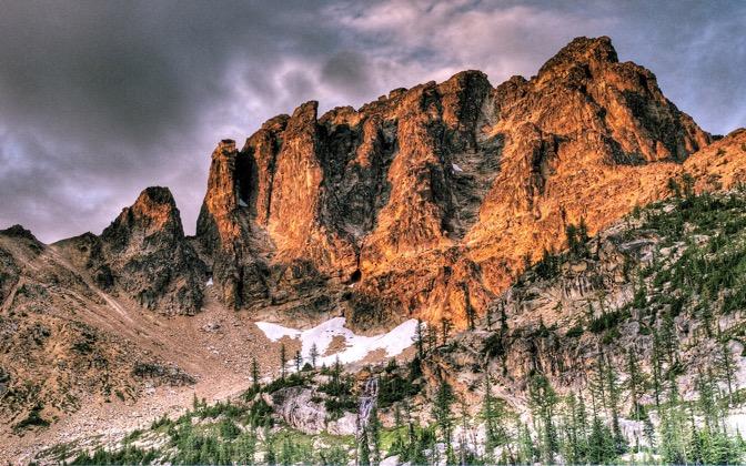 High-resolution desktop wallpaper Tower Mountain by wildpianist