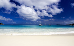 High-resolution desktop wallpaper Dream Beach by Amecke