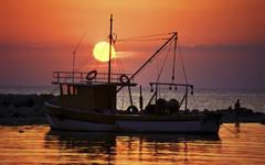 High-resolution desktop wallpaper Sunset Ship by roebuck