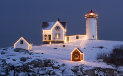 High-resolution desktop wallpaper Christmas Lighthouse by Ron Phillips