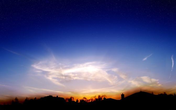 High-resolution desktop wallpaper Wispy Urban Sunset by scooch