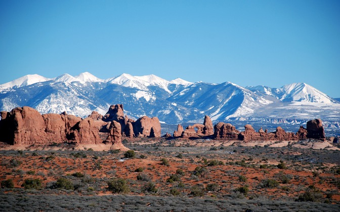 High-resolution desktop wallpaper Moab Mountains by AdClav