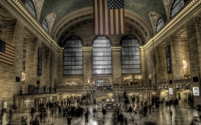 High-resolution desktop wallpaper Grand Central Station by Ian Foster