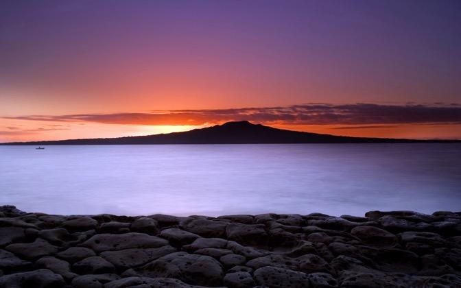 High-resolution desktop wallpaper Layered Sunrise by Chris Gin