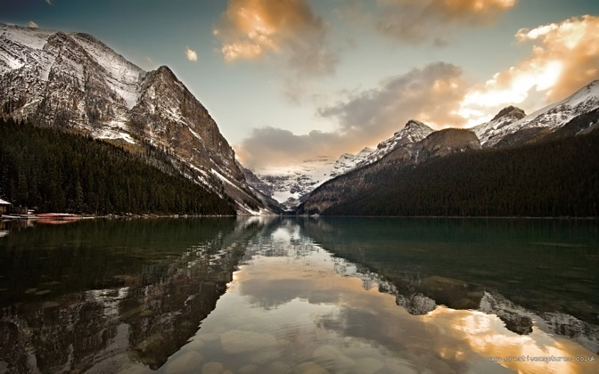 High-resolution desktop wallpaper Lake Louise by mole2k