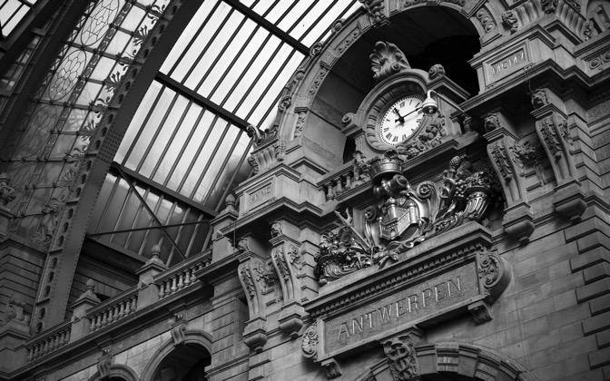 High-resolution desktop wallpaper Antwerp Central Station by Laurent