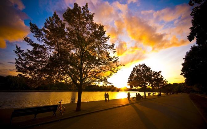 High-resolution desktop wallpaper Autumn is Here by Dominic Kamp