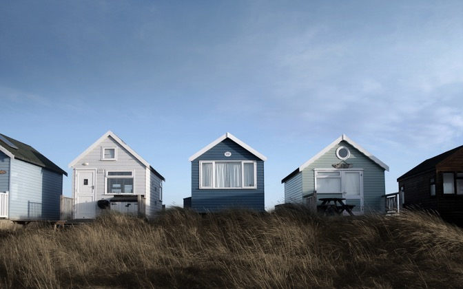 High-resolution desktop wallpaper Beach Huts by T Saxby