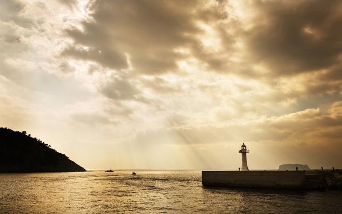High-resolution desktop wallpaper Sunshine by yms