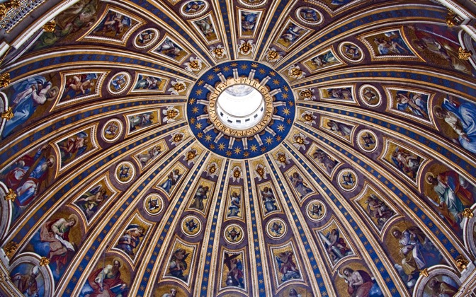 High-resolution desktop wallpaper St. Peter's Dome by Giovanni Di Gregorio