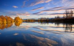 High-resolution desktop wallpaper Reflected Beauty by Chris Gin