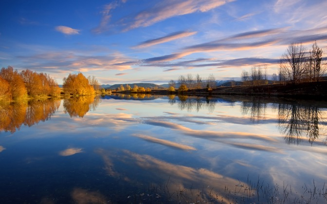 High-resolution desktop wallpaper Reflected Beauty by Chris Gin