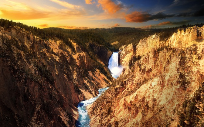 High-resolution desktop wallpaper Lower Falls, Yellowstone by Dominic Kamp