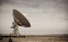 High-resolution desktop wallpaper Very Large Array by Philippe Clairo
