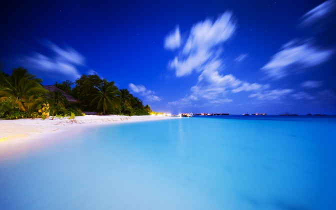 High-resolution desktop wallpaper Maldivian Night by Dominic Kamp