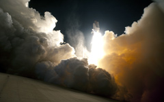 High-resolution desktop wallpaper Endeavour's Launch by Bruno Casarini