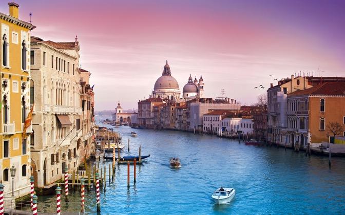 High-resolution desktop wallpaper Veni Vidi Venice by Dominic Kamp