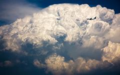 High-resolution desktop wallpaper Air Transat vs Storm Cloud by Philippe Clairo