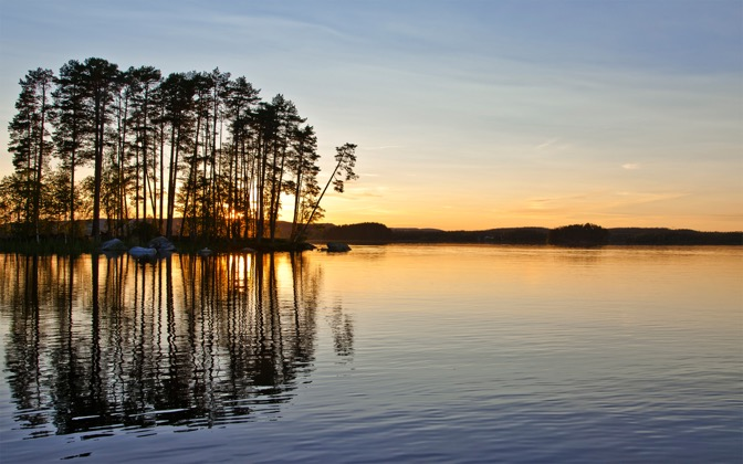High-resolution desktop wallpaper Midnight Sun, Sweden by saftsuper
