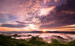 High-resolution desktop wallpaper Sunrise Clouds by BraveRoy