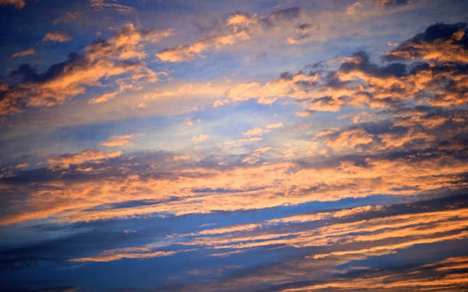 High-resolution desktop wallpaper Dramatic Sky by chickenwire