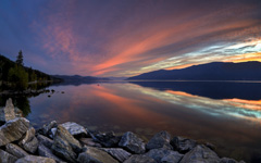 High-resolution desktop wallpaper Okanagan Lake Sunset by lucasjungmann