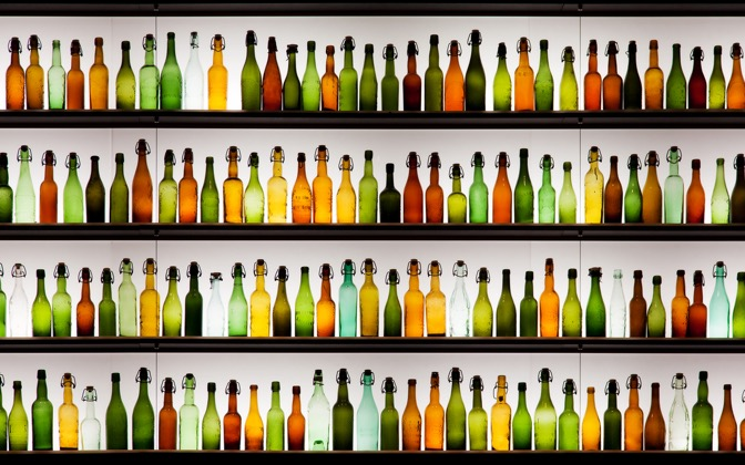 High-resolution desktop wallpaper Empty Bottles by uburoi