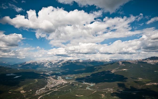 High-resolution desktop wallpaper Jasper from Mt. Whistler by bluelion