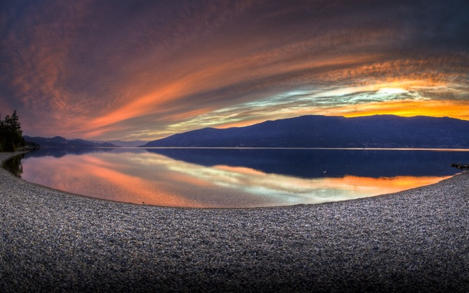 High-resolution desktop wallpaper Sunset of 2010 by lucasjungmann