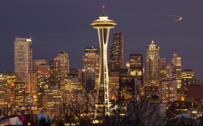 High-resolution desktop wallpaper Seattle Skyline by photomojo