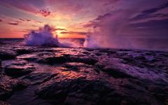 High-resolution desktop wallpaper Superior Waves by Zaitz