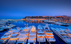 High-resolution desktop wallpaper Port d'Hercule by Crevisio