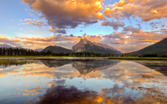 High-resolution desktop wallpaper Rundle Mountain by lucasjungmann