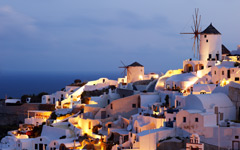 High-resolution desktop wallpaper Early Morning in Oia by chickenwire