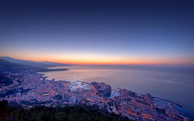 High-resolution desktop wallpaper Monaco Twilight by Crevisio