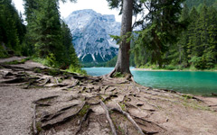 High-resolution desktop wallpaper Lago di Braies by SkyHigh