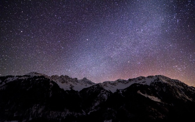 High-resolution desktop wallpaper Amazing Milky Way by Jonathan Besler