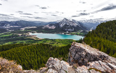 High-resolution desktop wallpaper Barrier Lake by Philippe Clairo