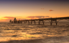High-resolution desktop wallpaper Clevedon Pier by Fuzzypiggy