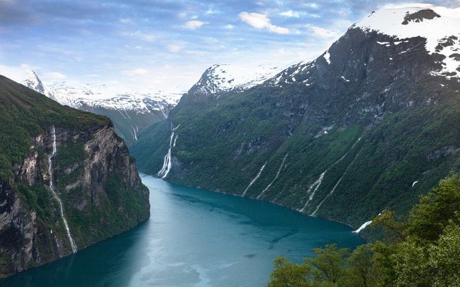 High-resolution desktop wallpaper Fjord Dream by Lowe Rehnberg