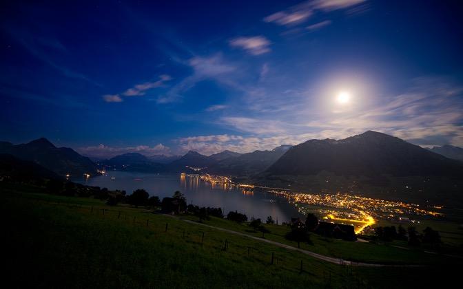 High-resolution desktop wallpaper The Nature of Moonlight by Dominic Kamp
