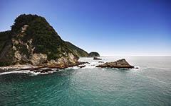 High-resolution desktop wallpaper NZ Coastline by Robin Kamp